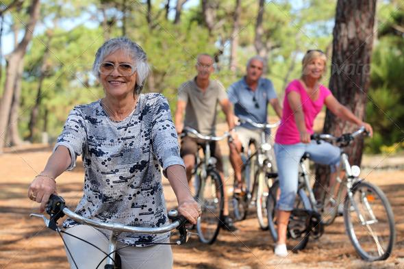 50ers_riding_bikes
